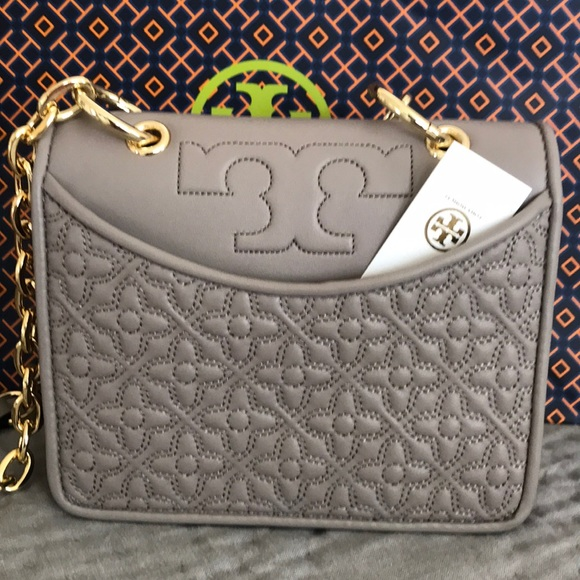 e6dc3c2d9e Tory Burch Bags | Authentic Bryant Mini Shoulder Bag | Poshmark